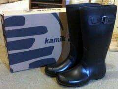 kamik-boots-box