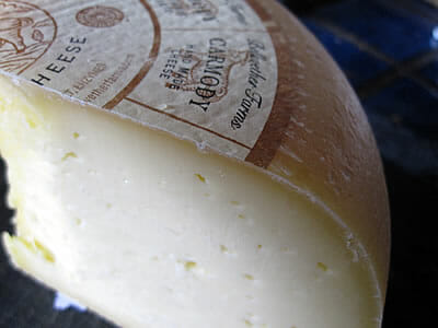Bellwether Farms Carmody plastic-free cheese