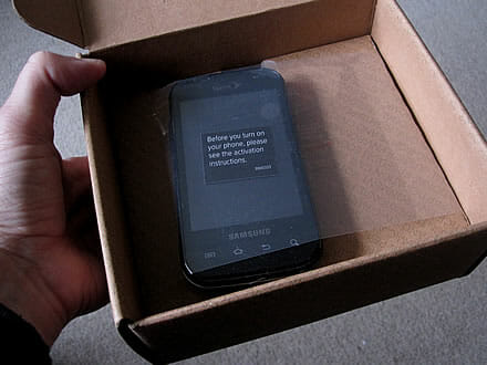 CREDO Mobile phone packaging