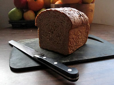 fresh bread without plastic
