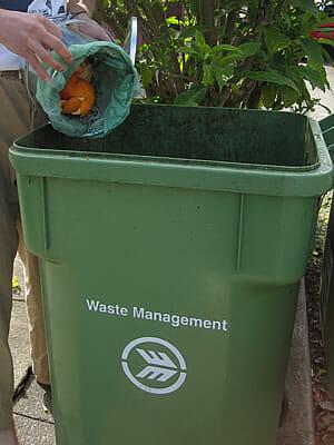 Oakland CA green compost bin