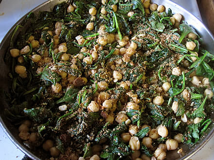 Mark Bittman's spinach and chickpeas